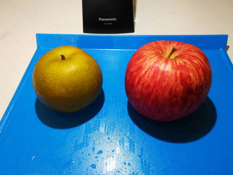 あきずき梨とふじリンゴ